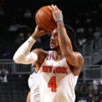 Knicks, Derrick Rose signs for three years